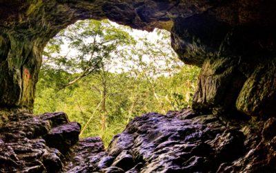 Höhlen im Buch Genesis